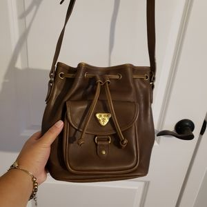 VINTAGE GUESS Brown Brass Bucket Bag